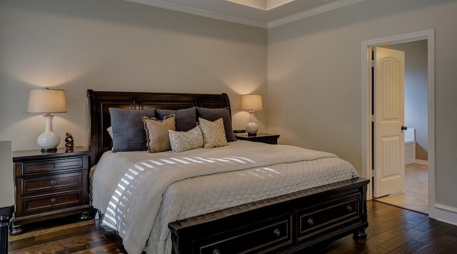 What colors to choose for painting a bedroom?